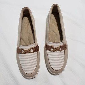 Grasshopper ortholite loafer style shoe size 8